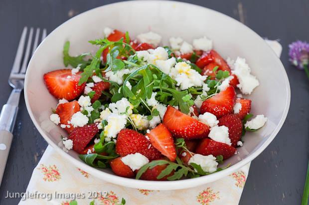 salatka-ze-szpinakiem-na-kolacje