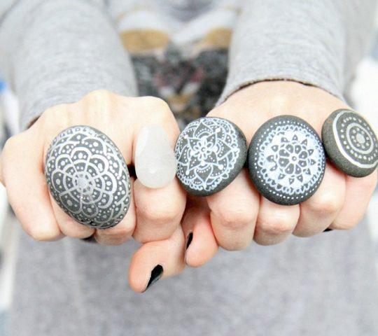 malowane-kamienie