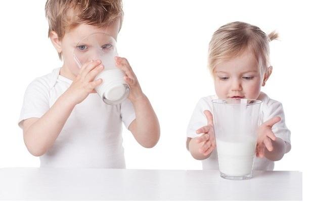 mleko-bez-laktozy-dla-dzieci
