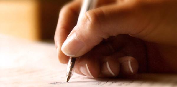 kobieta pisząca