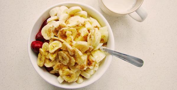 na śniadanie musli z banana