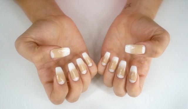 bezowe-paznokcie-ombre