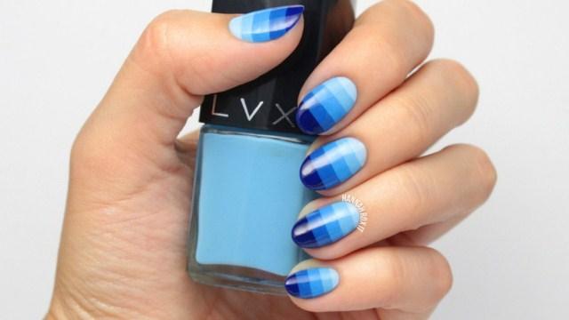 niebieskie-ombre-paznokcie