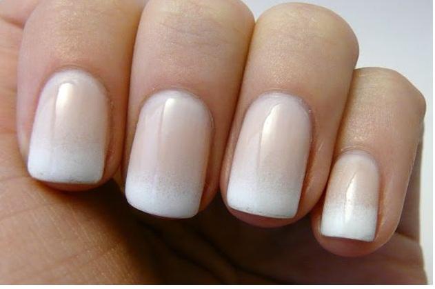 paznokcie-ombre-bezowe