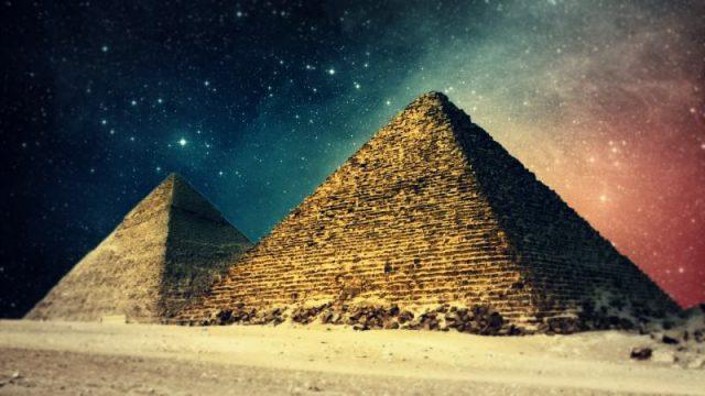 piramida_dom_zagadek