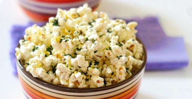 prazona-kukurydza-ile-ma-kalorii