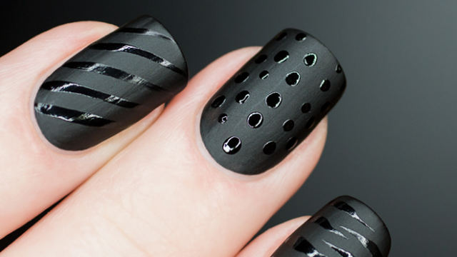 czarne-paznokcie