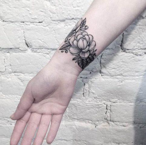 Tatuaże Na Nadgarstku Dla Kobiety