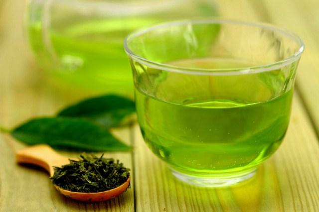 maseczka-z-zielonej-herbaty