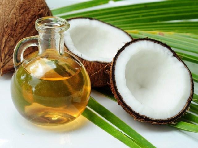 olej-kokosowy-na-brzydki-zapach-skory-glowy-i-wlosow