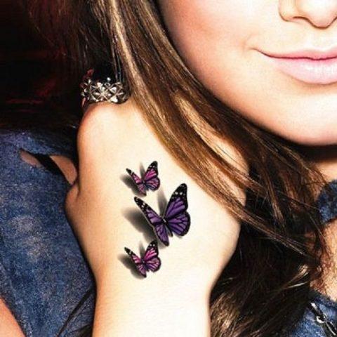 tatuaz-motylek-na-dloni