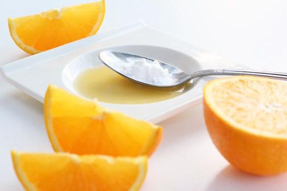 pomaranczowa-maseczka-na-twarz