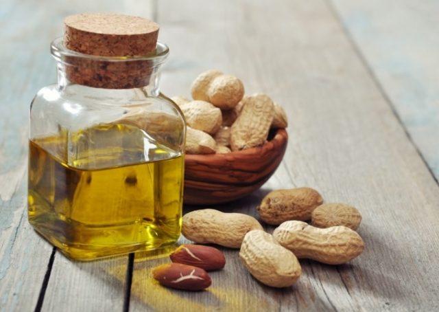 naturalny-olej-z-orzeszkow-arachidowych
