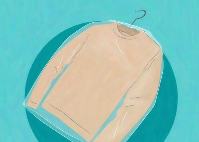 jak-przechowywac-ubrania-mole
