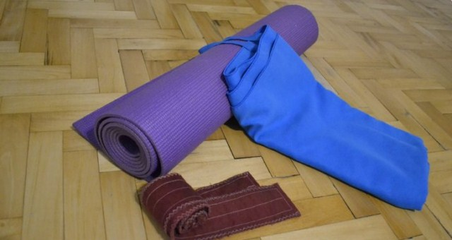 sprzet-do-cwiczen-jogi-w-domu