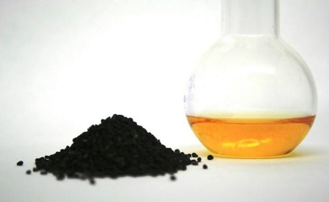 olej-z-czarnuszki-zastosowanie