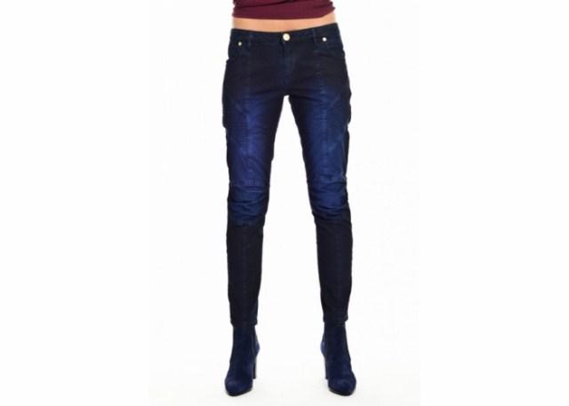 granatowe-jeansy-z-przeszyciami-pierre-balmain-via-della-spiga-d20