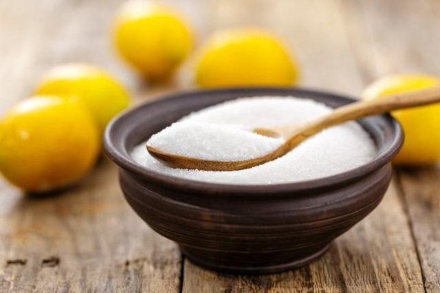 kwasek-cytrynowy-zastosowanie-w-kuchni