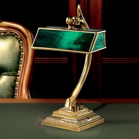 klasyczna-lampa-do-ekskluzywnego-gabinetu