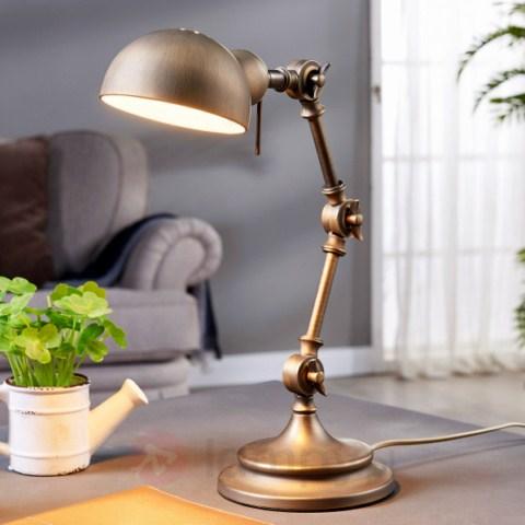 lampa-biurkowa-stylizowana-na-antyk