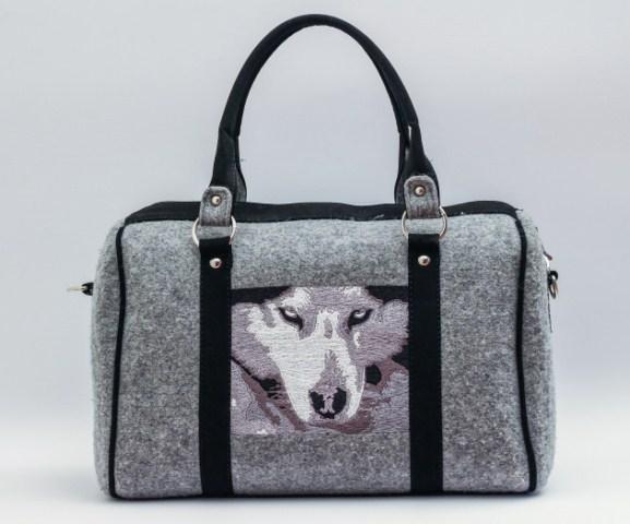 36247d506d0ba Wystarczy sprawdzić zdjęcie danej torebki i porównać z tą, którą mamy przed  sobą, by przekonać się, czy to oryginał.