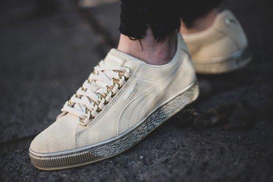 pol_pm_buty-damskie-sneakersy-puma-suede-classic-x-chain-367391-02-15918_2
