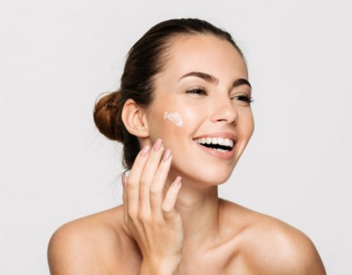 najlepsze-sposoby-na-oczyszczanie-twarzy