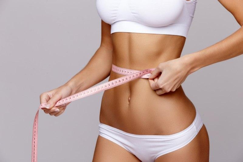 zabieg-liposukcji-ubrania-kompresyjne