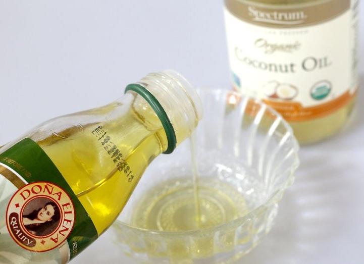 maseczka-na-wlosy-z-oliwy-z-oliwek-oleju-kokosowego