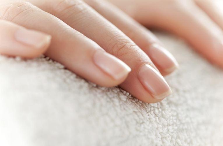 regeneracja-paznokci