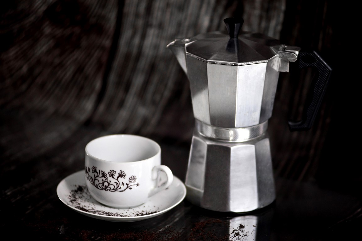 czym-roznia-sie-kawiarka-i-zaparzacz-do-kawy