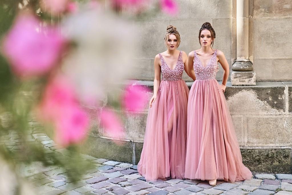 sukienka-tiulowa